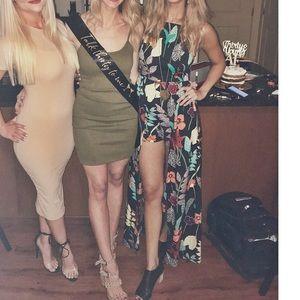 Dresses - Honeymoon vacation romper dress